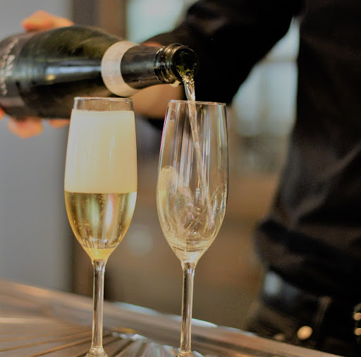 Barcelona food and wine tours, Montserrat and Cava Country Day Trip